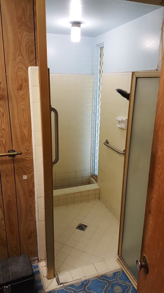Pitman Shower 2Before