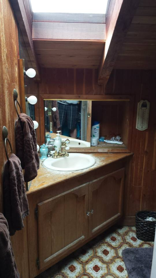 Pitman Vanity1 Before