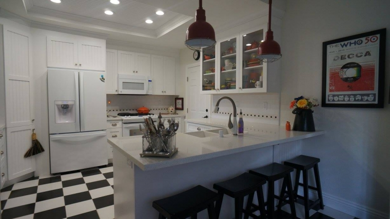 Classic Country Kitchen pam p.- classic country kitchen   epic interiors & construction inc.